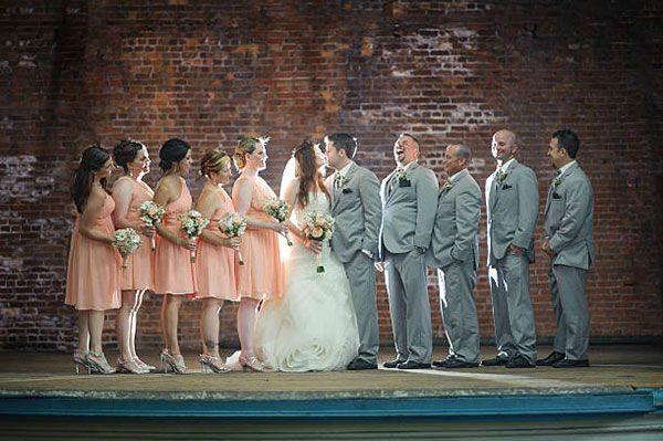 8231888de5 Esküvői tanúk és koszorúslányok · Esküvőszervező kisokosSzerző ...