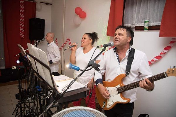 Octávia Duó/band Zenekar