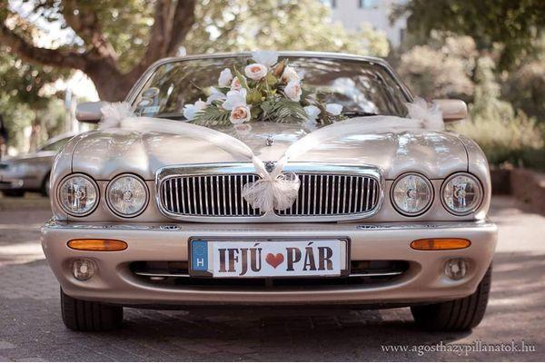 Esküvői autóbérlés – Jaguar